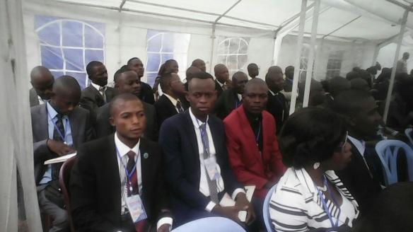 jeunes-de-la-dc-au-conclave