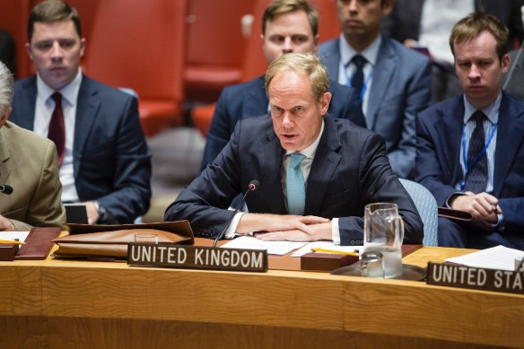 l-ambassadeur-britannique-nations-unies-matthew-rycroft-declarationd-reunion-conseil-securite-situation-syrie-25-septembre-2016-new-york_2_1400_933